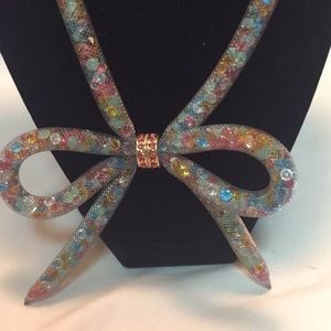 NWT Betsey Johnson mesh bow necklace